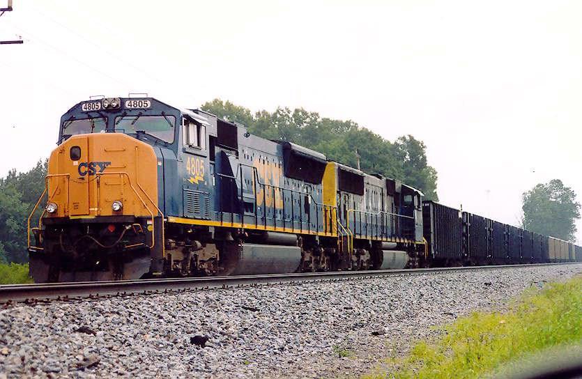 CSX 4805 heads coal train in siding